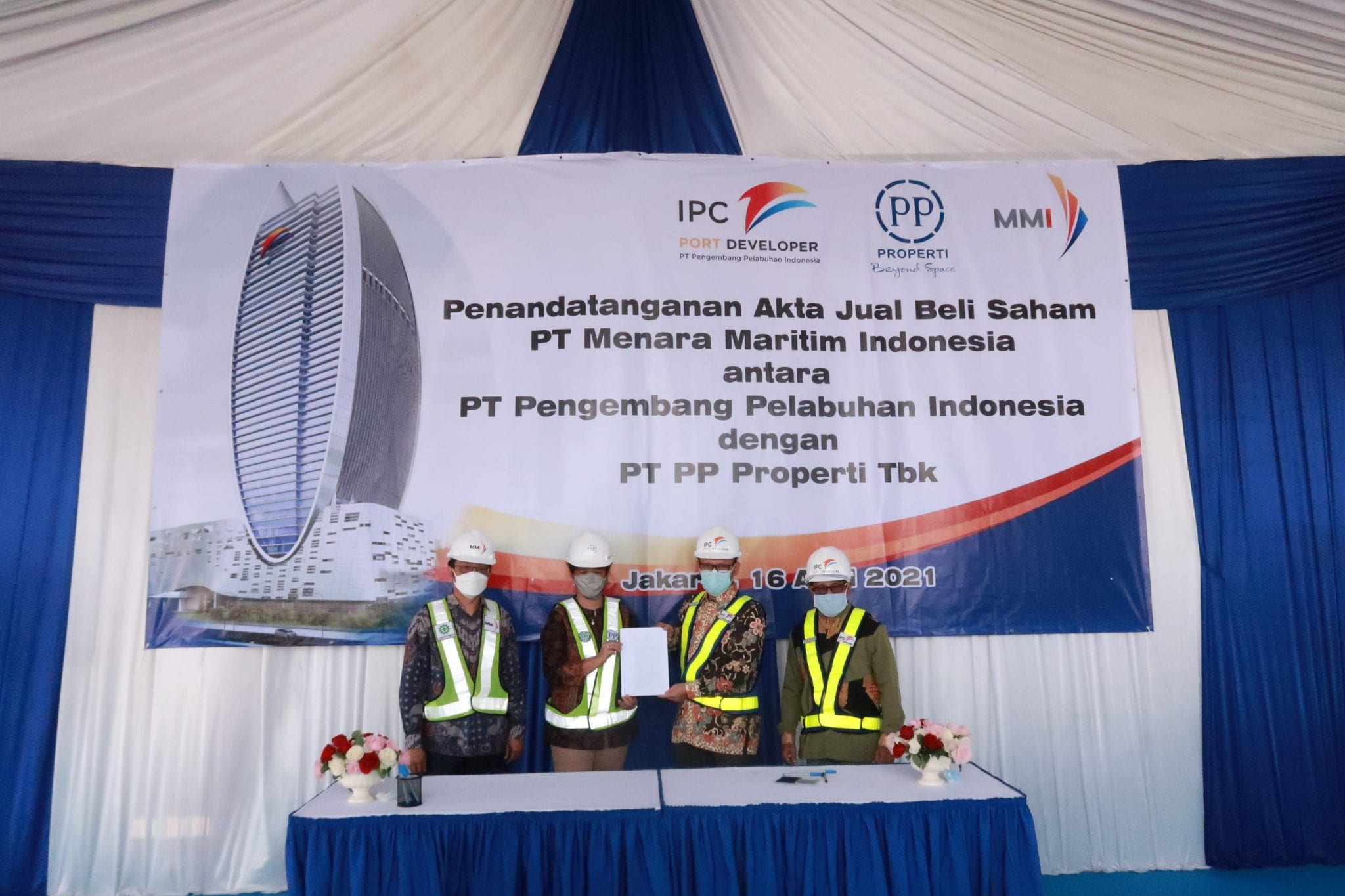 Penandatanganan Akta Jual Beli Saham PT PP Properti Tbk. di PT Menara Maritim Indonesia